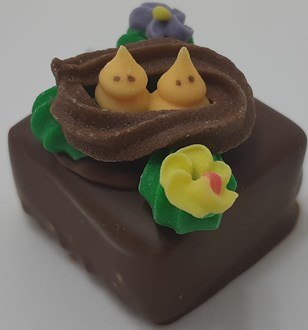 Easter: Caramels with Assorted Deco 34% MILK loose
