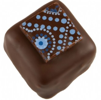Praline: Caramel Blue 53% DARK each loose