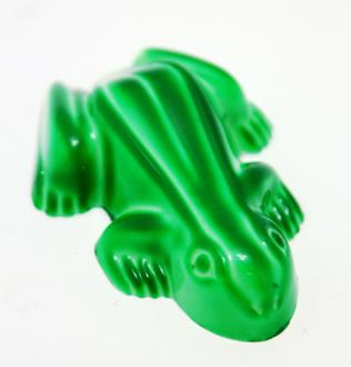 Novelty: Frog Caramel 28% WHITE Green each loose